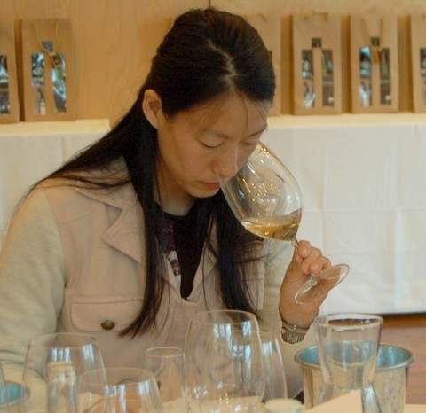 Taiwanese Female  tasting of Rosé Wines